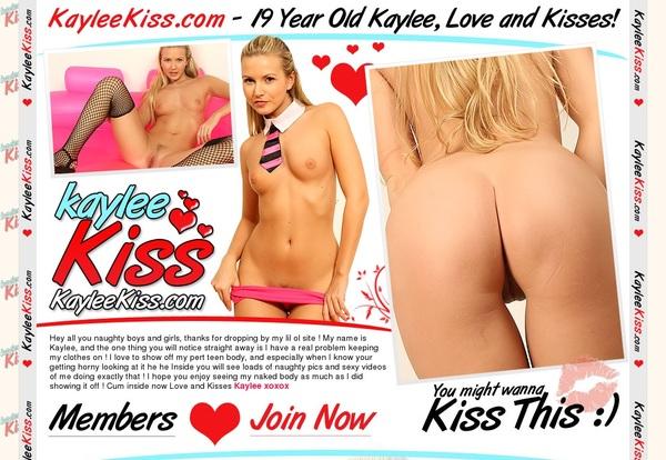 Kaylee Kiss With SEPA