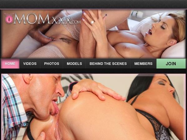 Momxxx.com Videos For Free